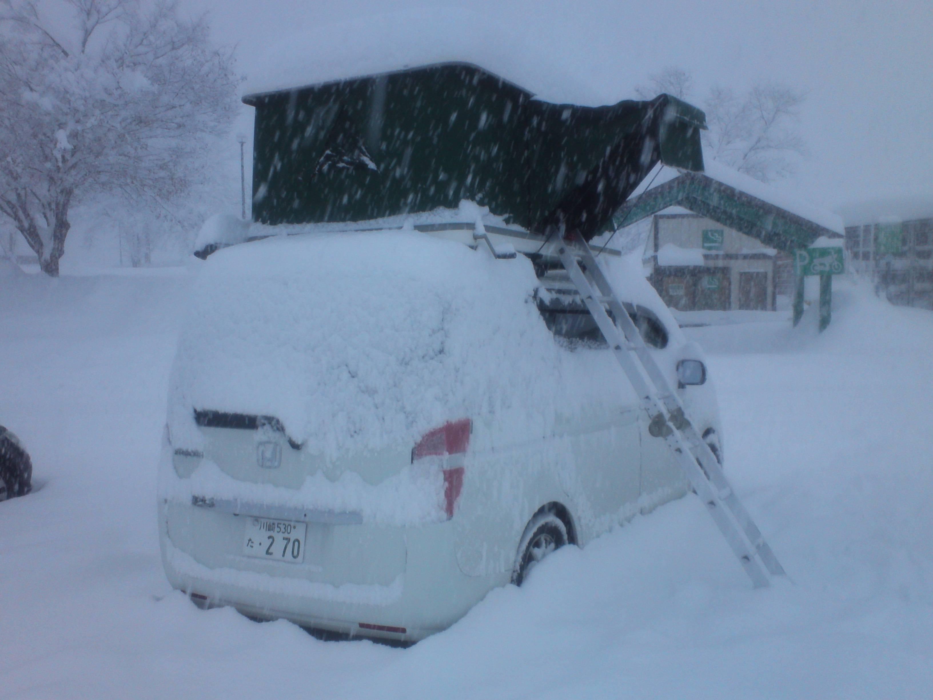 ルーフテント 冬 雪